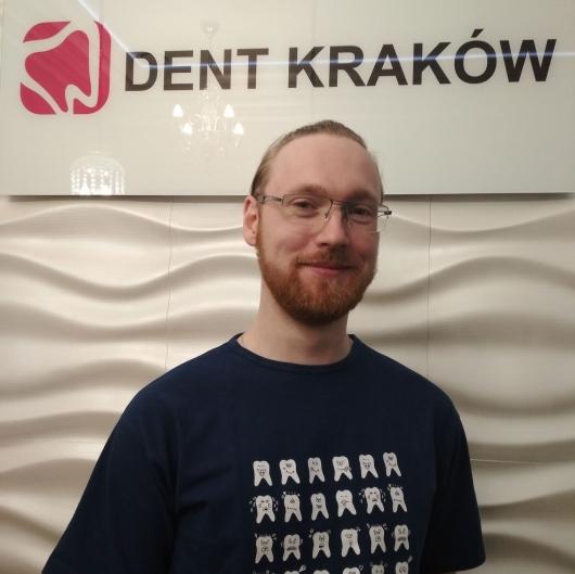 Lek. Dent. Krzysztof Raczyński